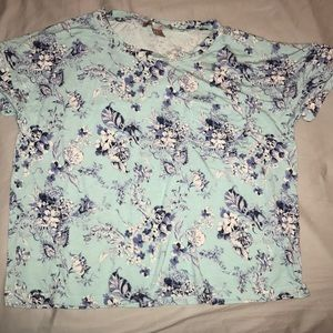 Forever 21 Floral Tee